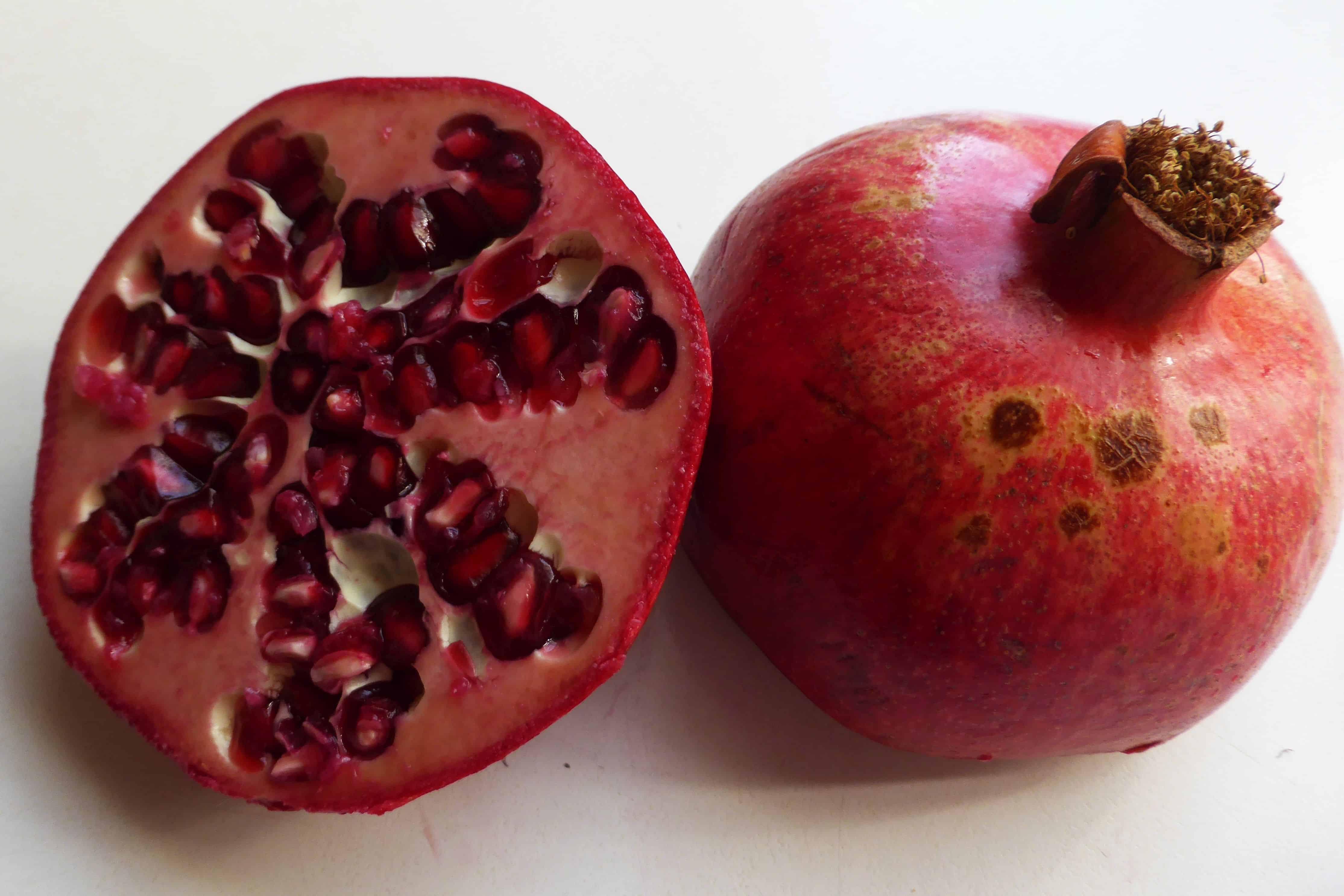 granatapfel die frucht der g tter nachgeharkt. Black Bedroom Furniture Sets. Home Design Ideas