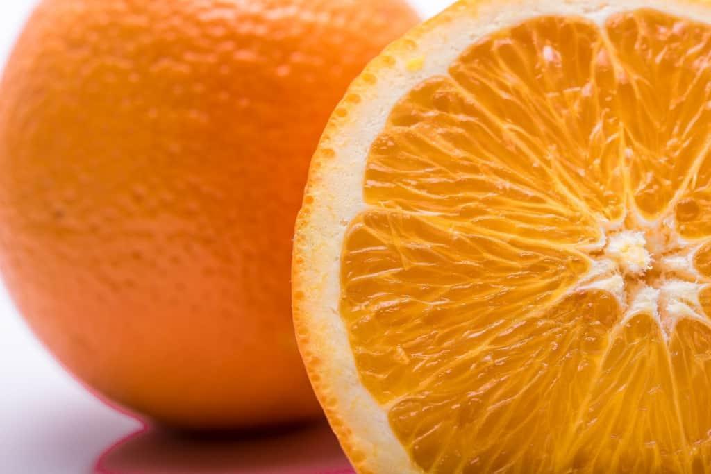 Eine aufgeschnittene Apfelsine