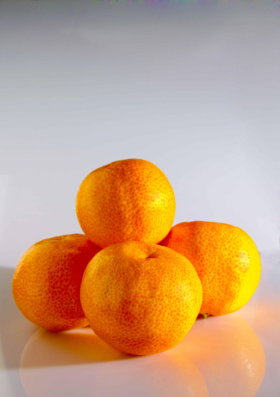 Mandarinen, die eine Pyramide bilden