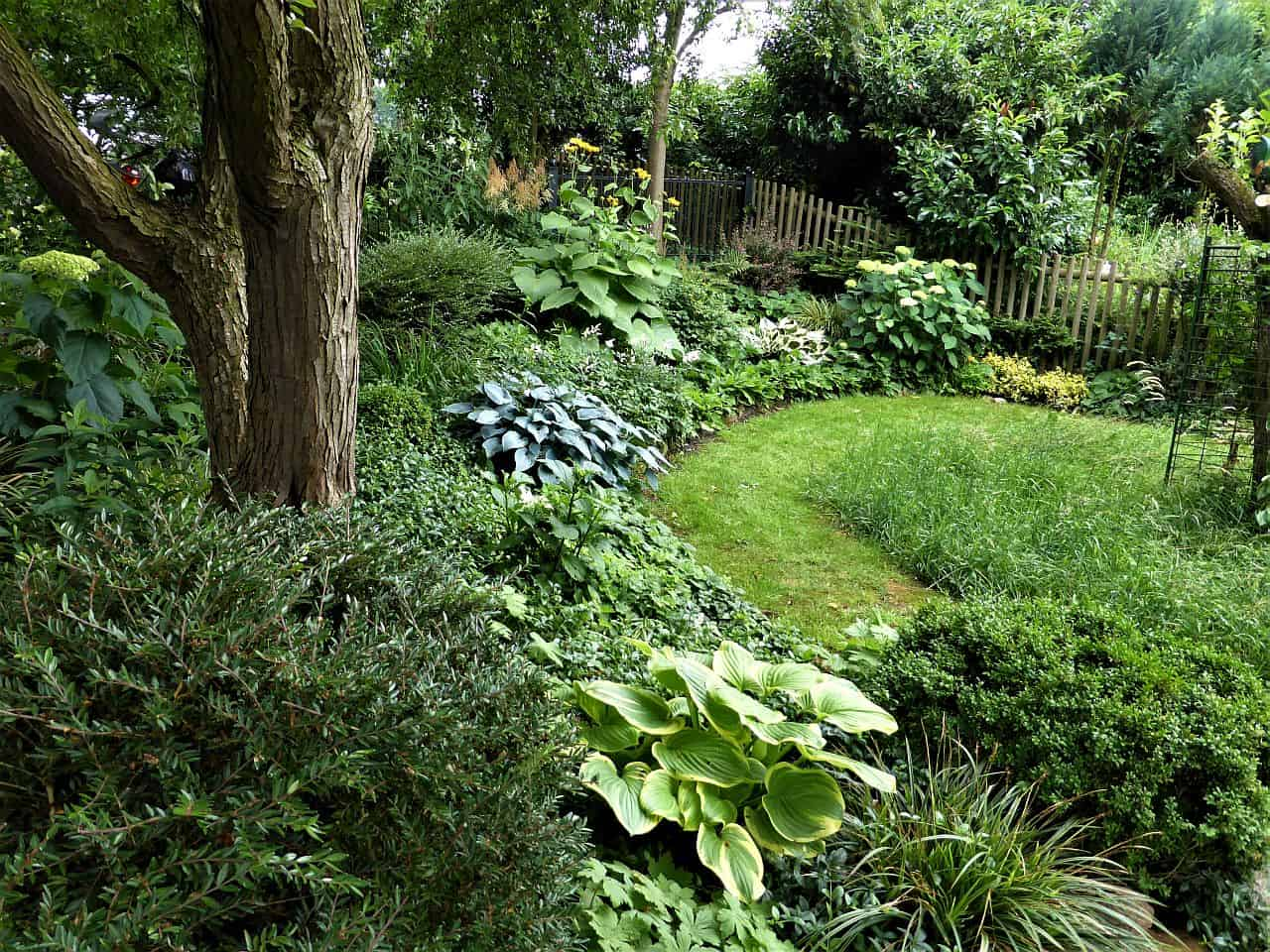 Der Senkgarten – versunkene Gartenwelten