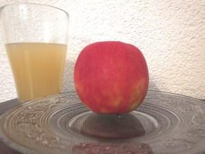 Apfel und Apfelsaft