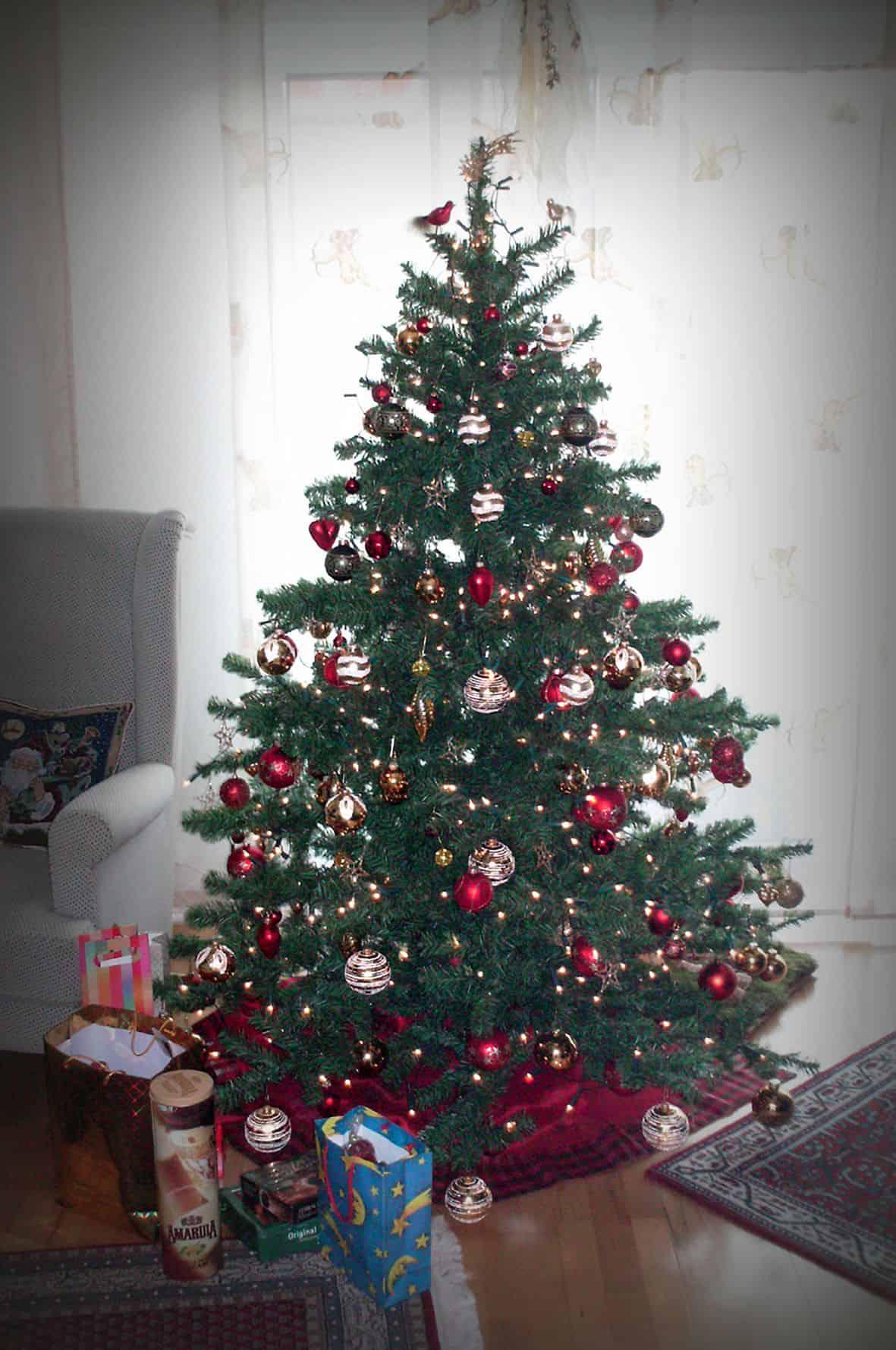 Ein schön geschmückter Weihnachtsbaum