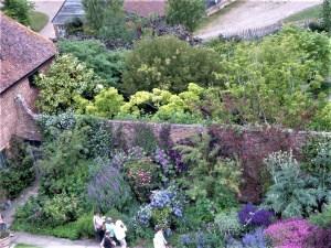 Walled garden – ein Garten hinter hohen Mauern