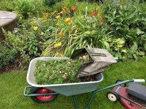 Grüngutsilage – Dünger aus dem Garten schnell selbst gemacht